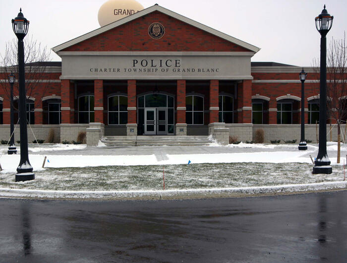 Grand-Blanc-Twp-Police-081cropped