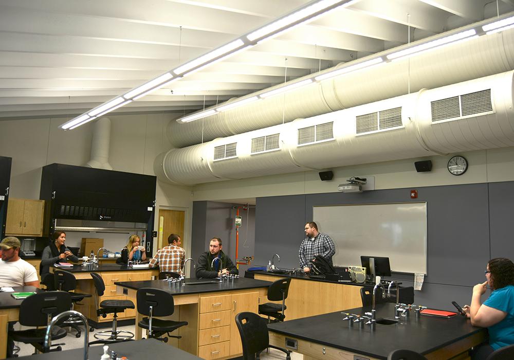 Concordia-Univ-Science-Bldg-Lab