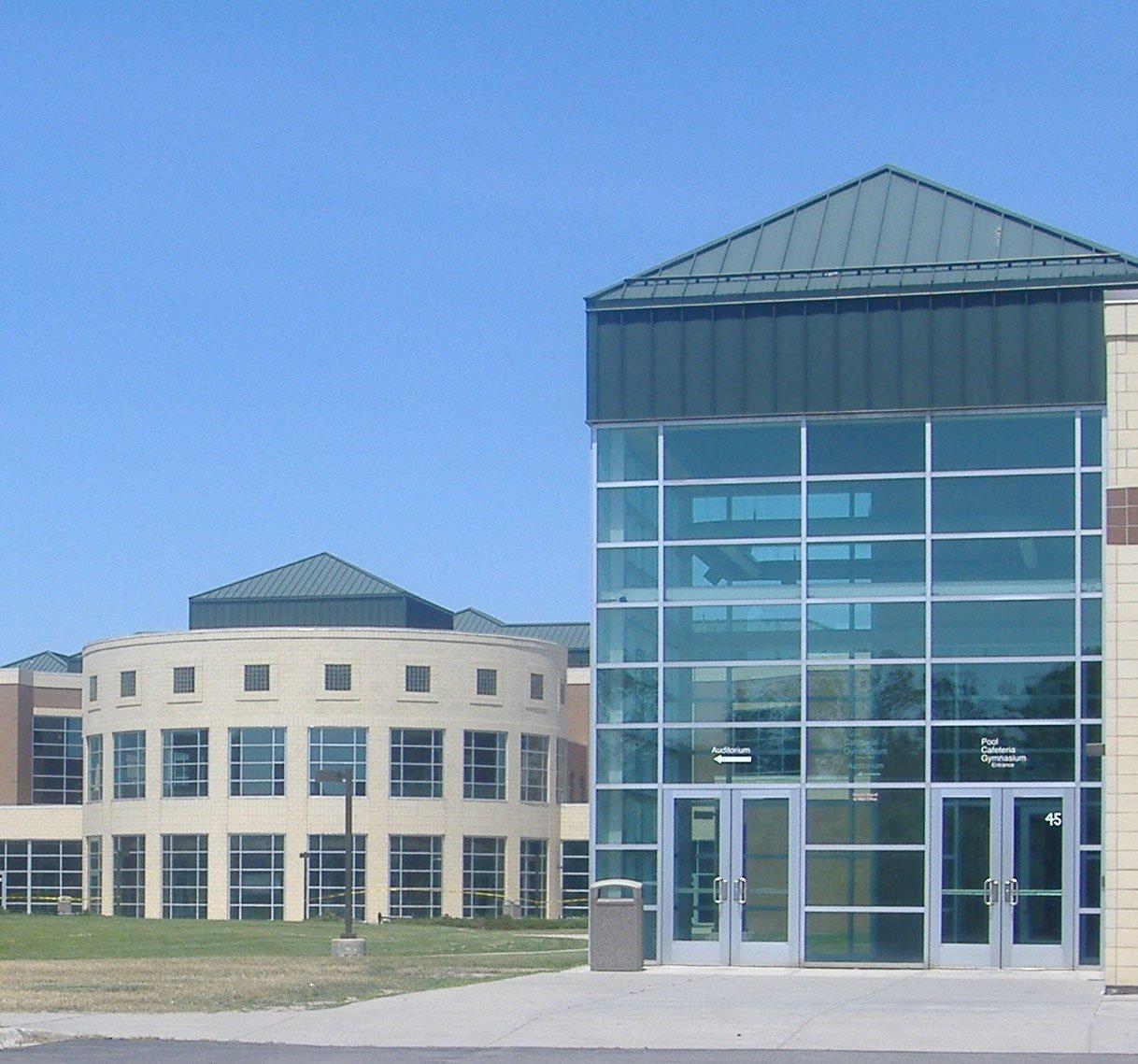 RCS Stoney Creek HS Exterior