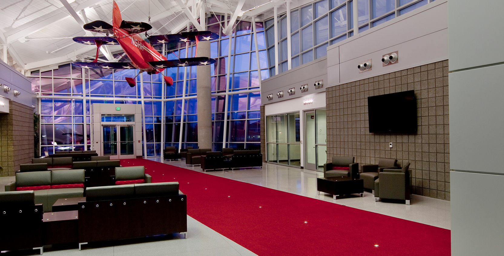 Oakland County International Airport New Terminal and Offices Interior 1665x845