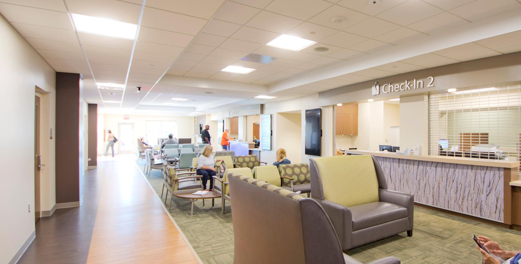 SJMH-Mendelson-Kornblum-Orthopedics-MOB-Patient-Lobby-2-1665x845