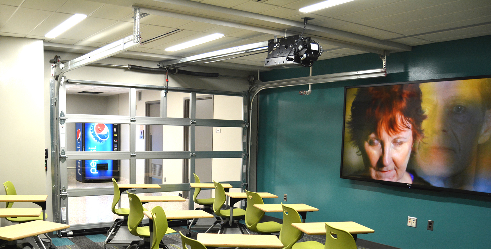 Michigan-State-University-Wilson-Hall-Creative-Commons-Classroom-1665x845