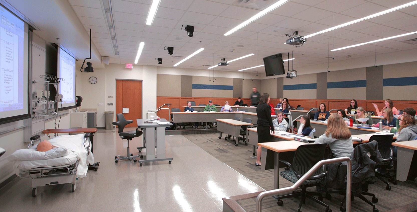 SVSU-CHHS-Classroom-1665x845