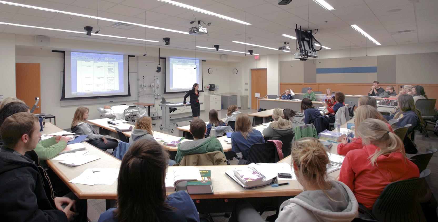 SVSU-CHHS-Classroom-2-1665x845