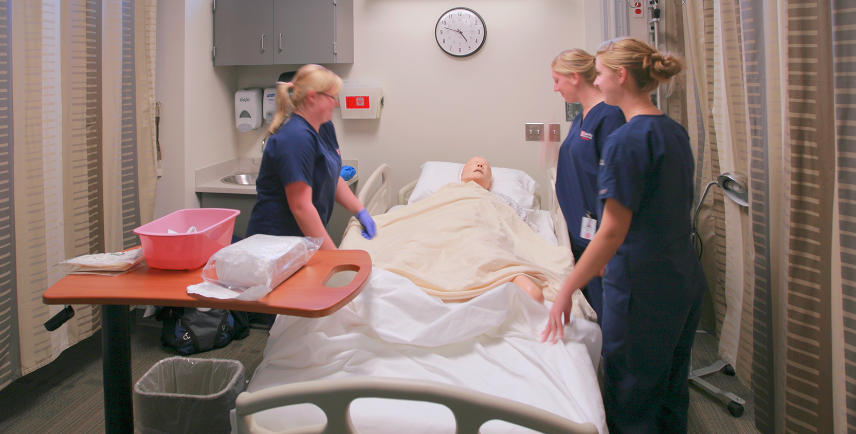 SVSU-CHHS-Mock-Patient-Room-2-1665x845