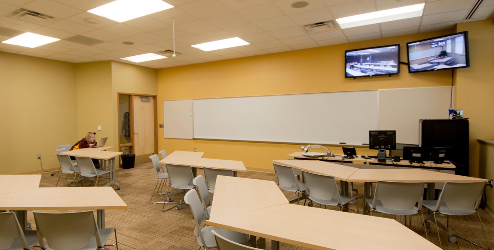 MMC-AV-IT-Classroom-1665x845