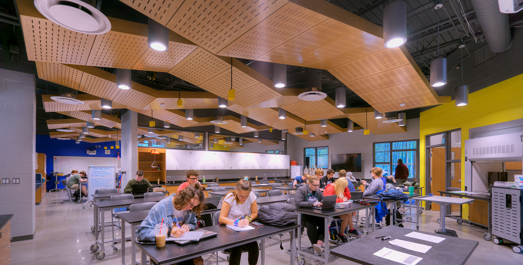 Port-Huron-Northern-High-School-Renovation-Classroom-3-1665x845