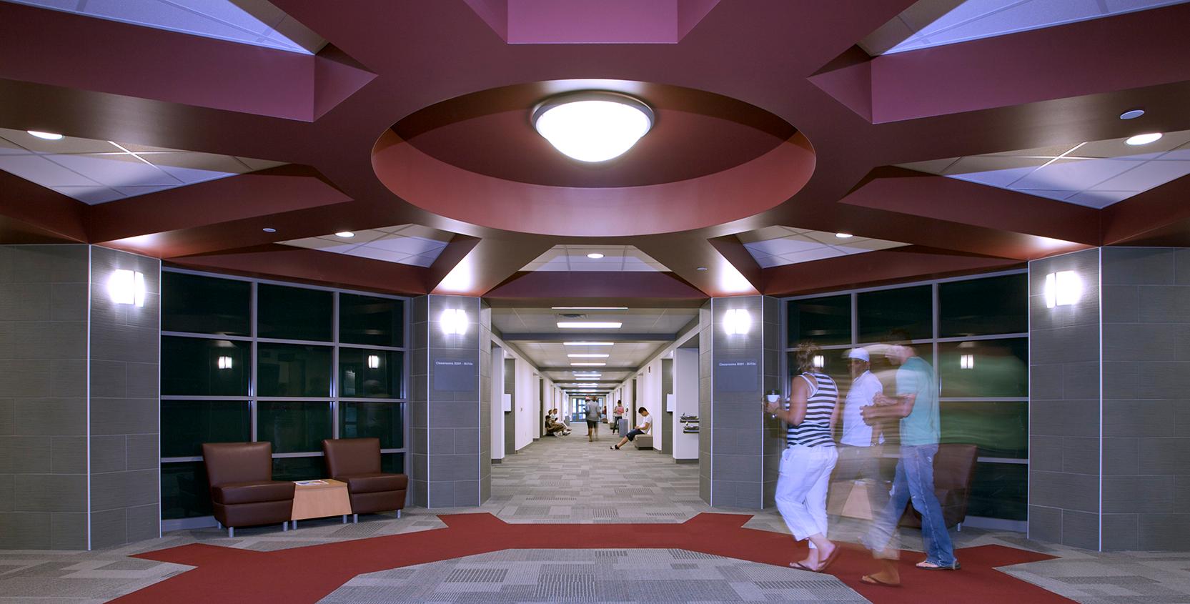 Oakland-Community-College-Science-Bldg-Addition-Corridor_1665x845