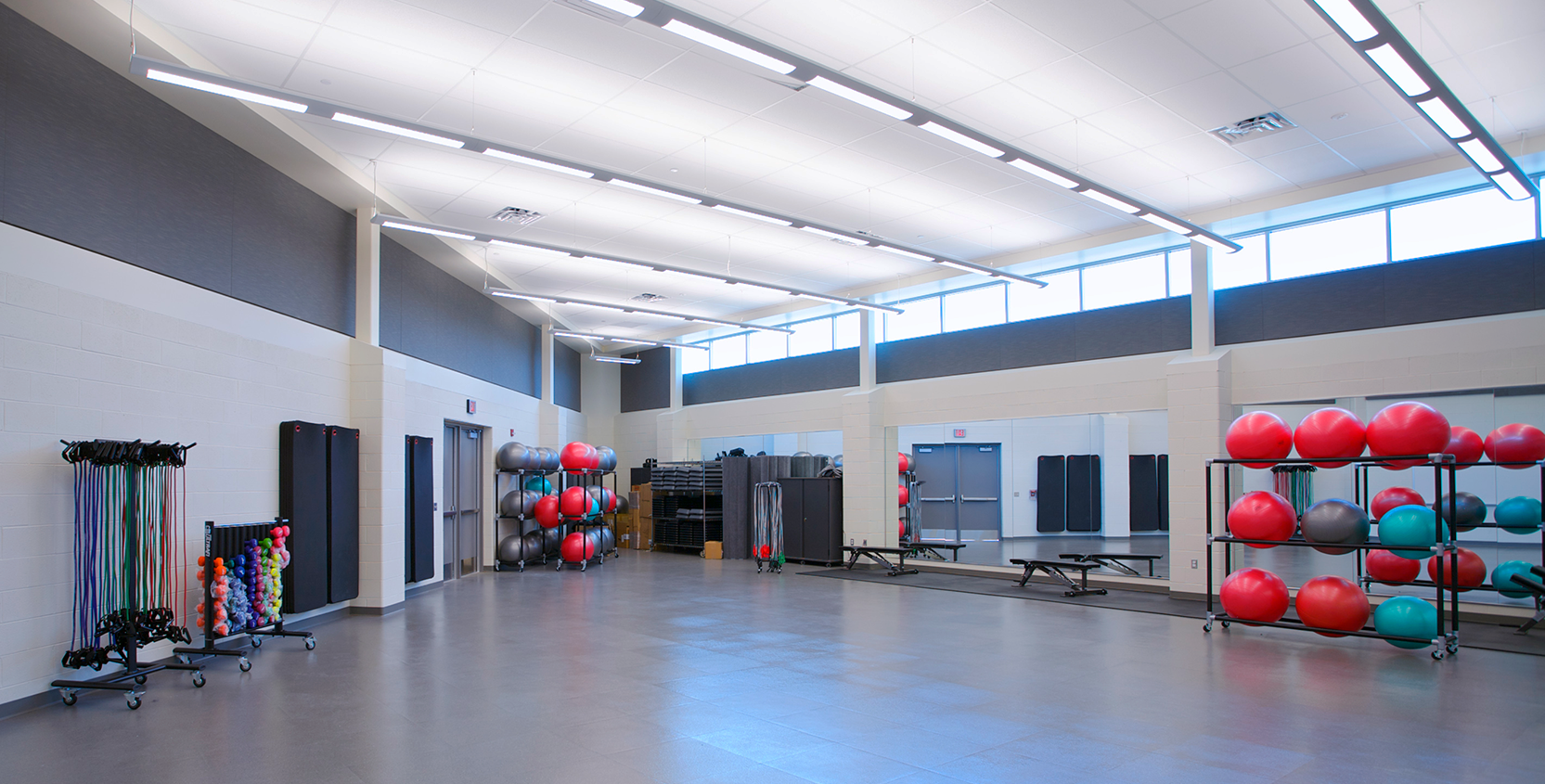 Oakland-Community-College-Science-Bldg-Addition-Fitness-Room_1665x845